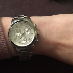 Michael Kors Runway Mid Size Watch Silver